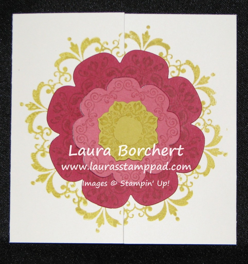 Interlocking Card, www.LaurasStampPad.com