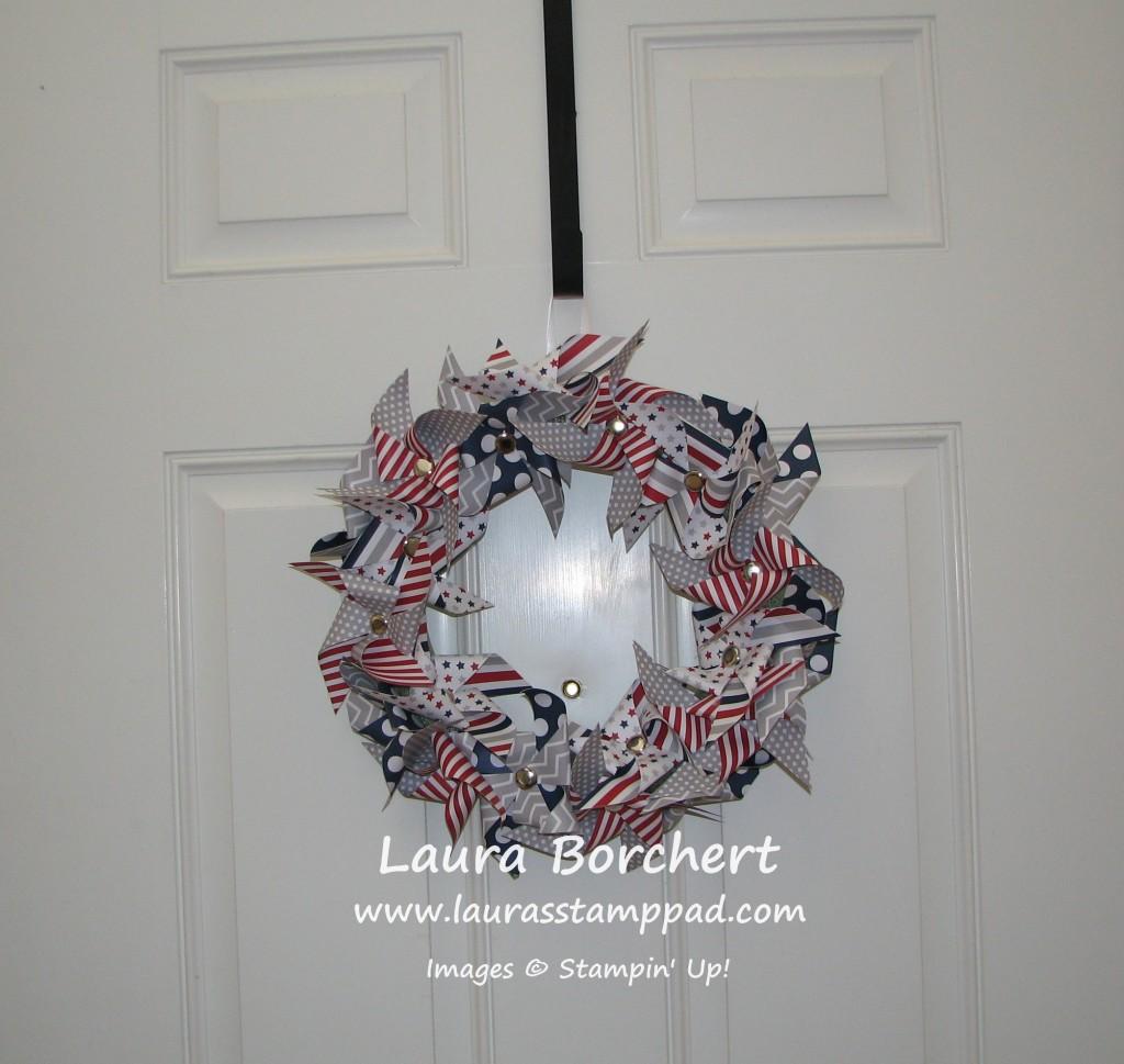 Paper Pumpkin Wreath, www.LaurasStampPad.com