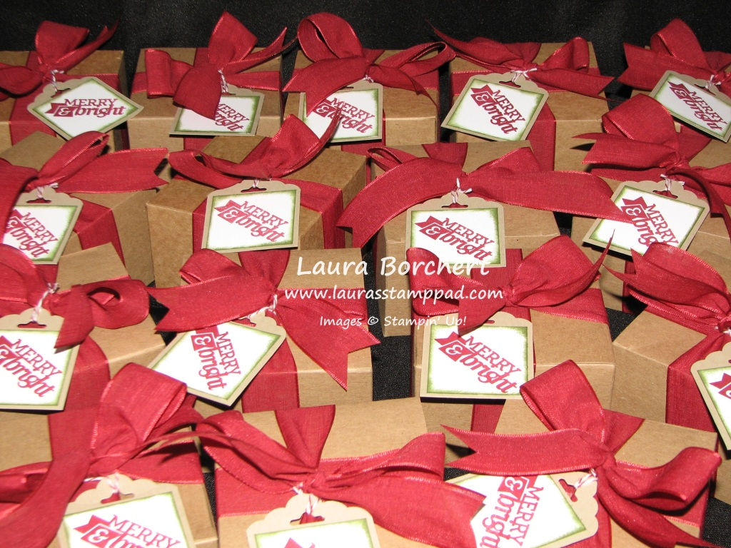 Holiday Gift Boxes, www.LaurasStampPad.com
