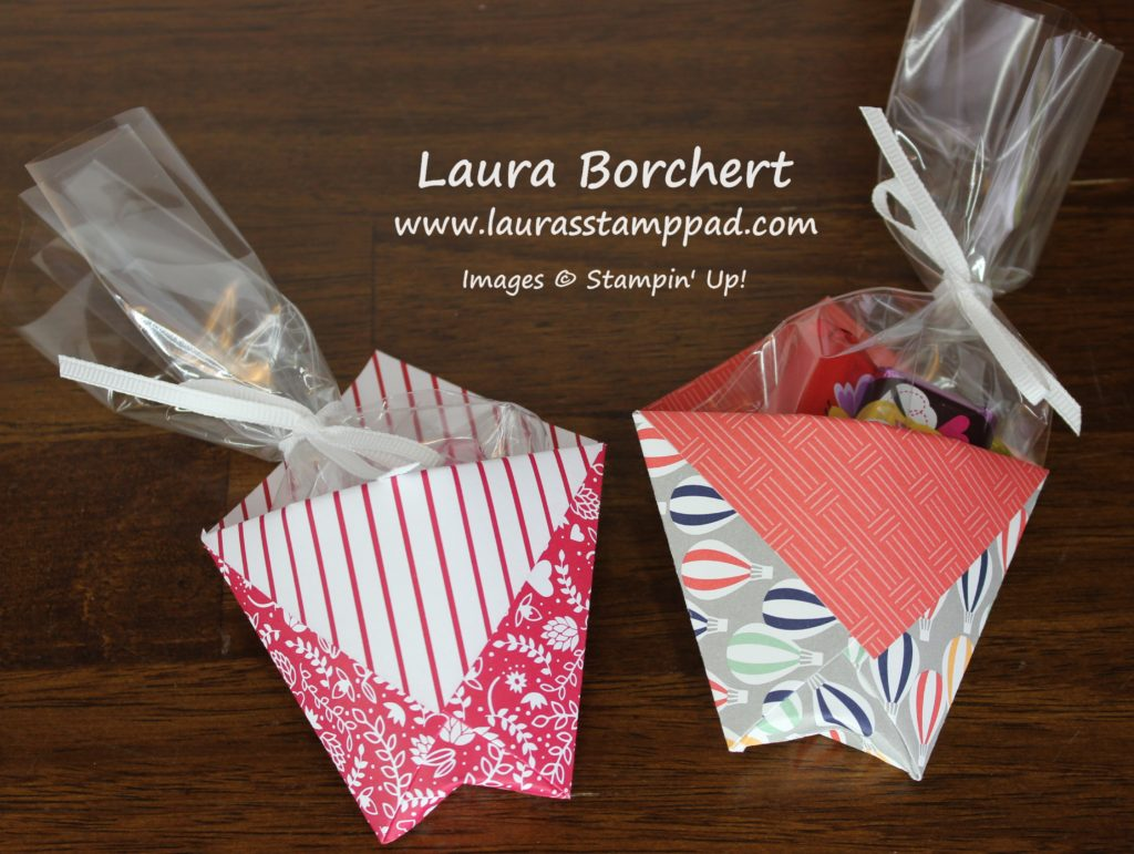 Triangle Treat Pockets, www.LaurasStampPad.com
