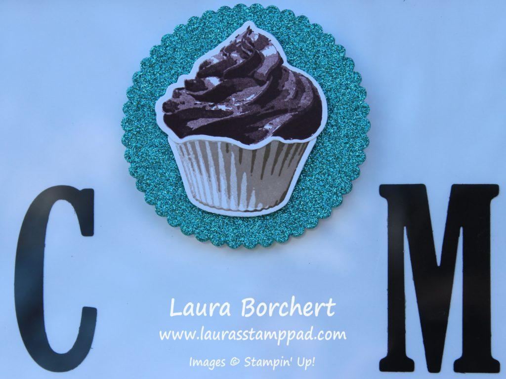 Chocolate Cupcake, www.LaurasStampPad.com