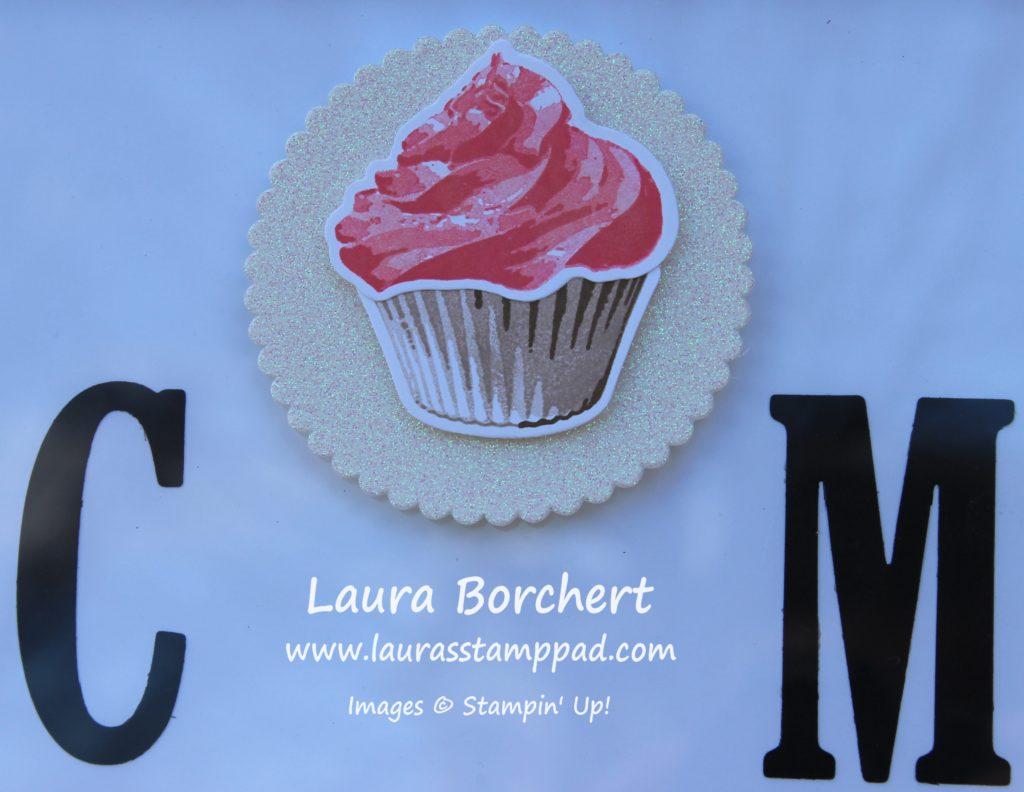Sweet Cupcake, www.LaurasStampPad.com